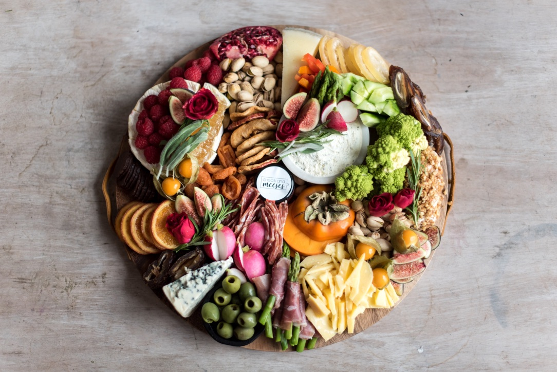 How to Create a Beautiful Grazing Board